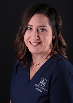 Dental assistant Amanda